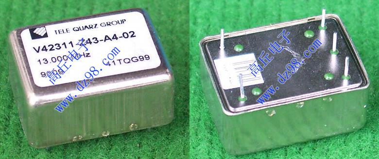 拆机品,实物看图,从Agilent HEWLETT PACKARD Symmetricom GPSR-A机器内部拆下 ,10MHz标准正弦波信号输出,实测输出频率:10MHz少10-20Hz,核心恒温发振器型号E1938-60201,线路板组合整体型号E1938-60208,厂牌:国际电子仪器制造上---美国HP惠普,和图一样连线路板一起整体卖,外形尺寸:长143毫米x宽115毫米x厚25毫米(连接口厚36毫米),重量约330克。
